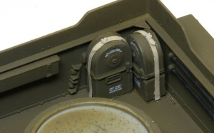 M16多連装銃搭載車 縦断のマガジン
