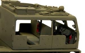 M4ハイスピード・トラクター キャビン内部の塗分け