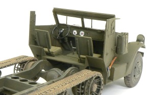 M4 88mm自走迫撃砲 運転席の塗装