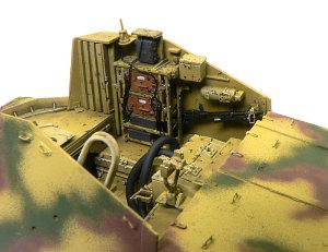 対戦車自走砲マーダー2 戦闘室の塗分け