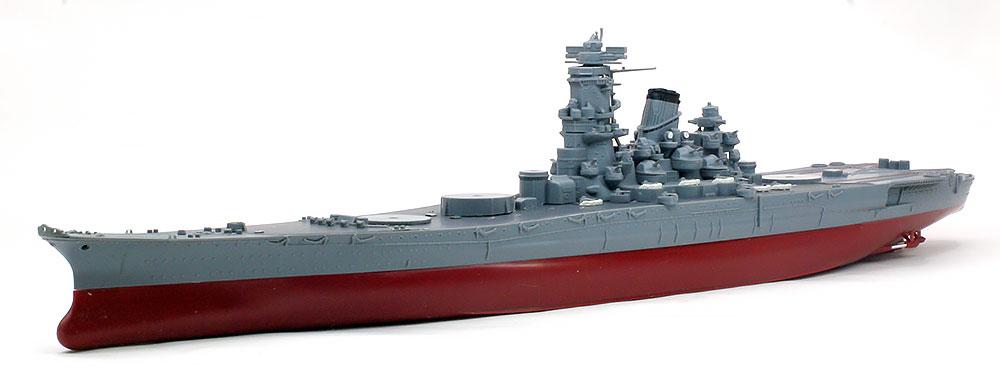 船体、艦橋などの組み立て