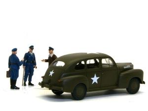陸軍スタッフカー 細部の塗分けとデカール貼り