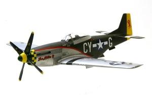 P-51Dマスタング デカール貼り