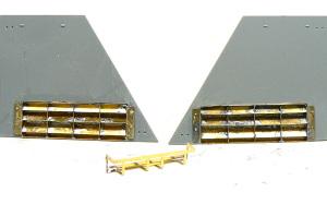 8.8cm対戦車自走砲ナスホルン 冷却用のルーバーをハンダ付け