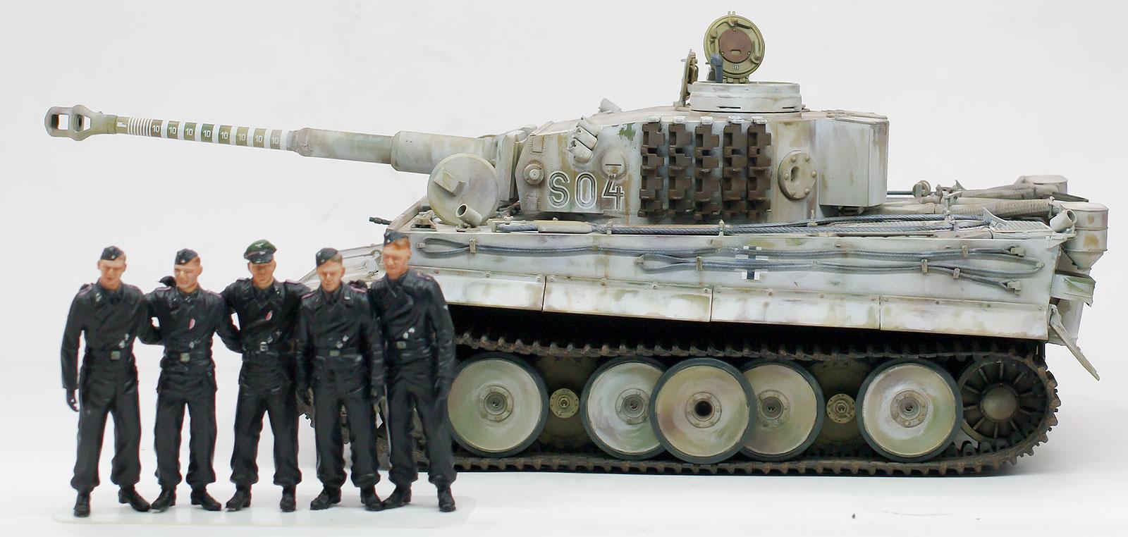 ドイツ・ティーガー1初期生産型・ヴィットマンの指揮戦車 1/35 ドラゴン
