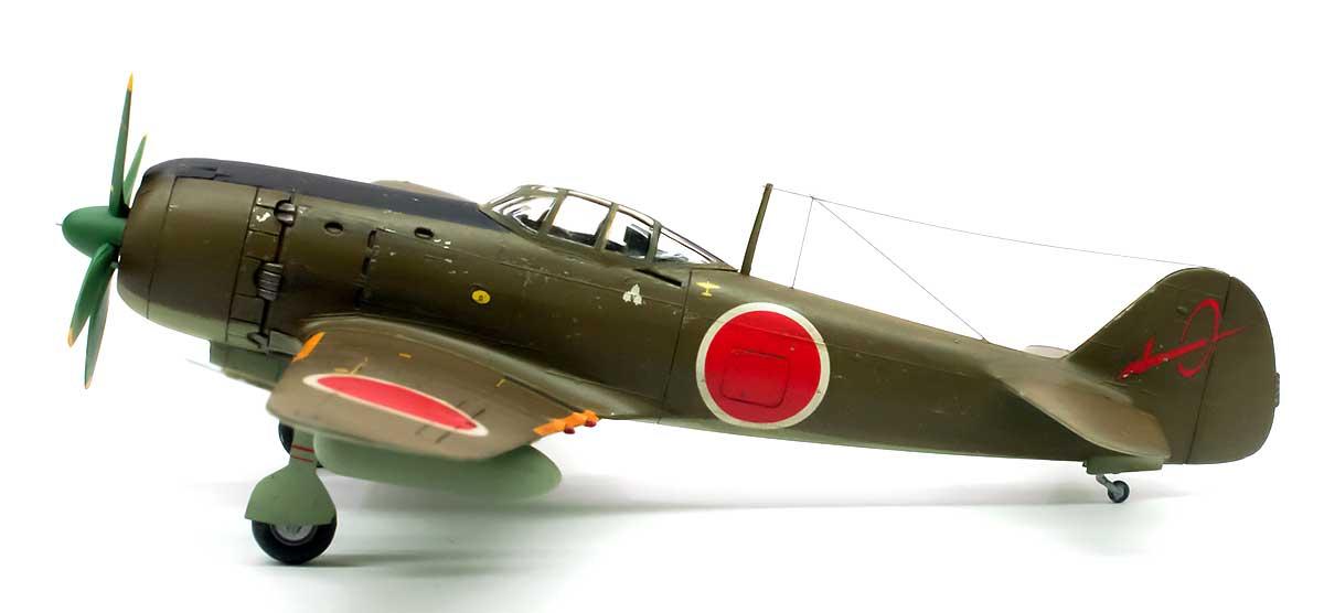 日本陸軍・四式戦闘機 疾風(キ84) 1/72 ハセガワ