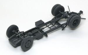 3トン4×2カーゴトラック シャーシの組立て