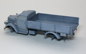 3トン4×2カーゴトラック サフ吹き