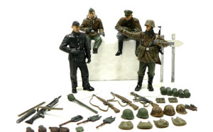 ドイツ戦車部隊 前線偵察チームの山のような装備品