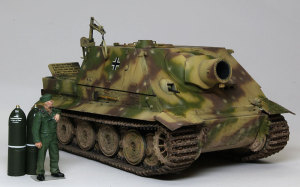 ドイツ・38cm突撃臼砲シュトゥルムティーガー 1/35 AFVクラブ