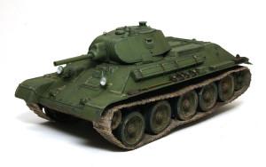T-34/76 1940年型 足まわりの取り付け