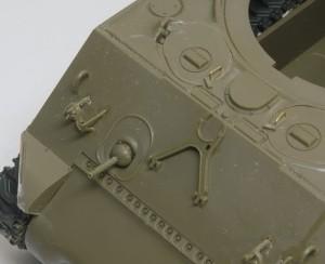 M4A3シャーマン 105mm榴弾砲搭載型 ハッチの手すりも真鍮線で