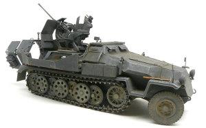ドイツ・対空自走砲Sd.kfz.251/17C型 1/35 サイバーホビー
