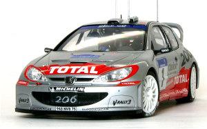プジョー206 WRC2002年 最後の組み立て