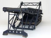 戦車と言うよりは巨大な橋のキットですよね。今回は架橋途中の姿を再現してみました。