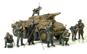 Sd.kfz.234/3 と ドイツ・指揮官セット