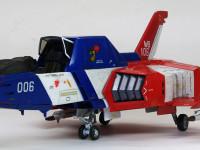 ホワイトベース所属の006号機。セイラ・マス中尉が操縦する機体です。アニメでは後部にコアブースターを装着して飛んでいました。