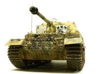 前から見たエレファント重駆逐戦車です。よく見ると履帯の取り付け向きが逆です。(涙)