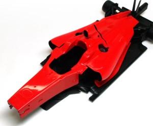フェラーリ・F60 ボディの研磨