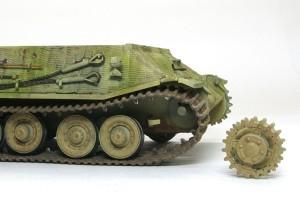 試作重戦車VK.45.02(P)V 履帯の取り付け