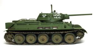 T-34/76 第112工場 こちら側は普通のプラモ