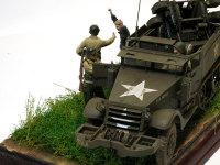M16多連装銃搭載車はドラゴンのキットを使用しました。ドライバーはキット附属のフィギュアを改造です。