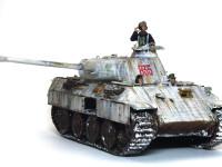 やっぱり、フィギュアは戦車に乗ってこそですね。本当は4人セットなのですが、パンターのハッチが3つしかないので、あと一人はまた今度。