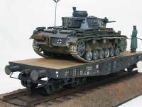 ドイツ・3号指揮戦車K型/4軸平積貨車