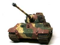この角度から見る重戦車は実に堂々としていますね。