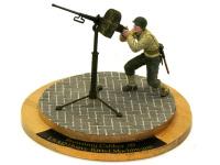 ブローニングM2重機関砲です。50口径もあり、対空機銃として活躍しました。戦車の砲塔に乗っているアレです。