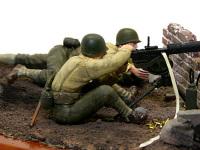 M-1917水冷機関銃です。弾丸を込める穴の反対側からは、薬莢を止めていた布が垂れ下がっています。箱絵を見て付けてみました。また、足下には空の薬莢をばらまいてあります。ただ0.5mmの真鍮線をばらまいただけですけど。
