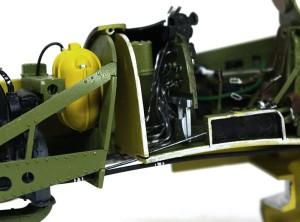 P-51Dマスタング4  スロットルのリンケージ