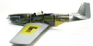 P-51Dマスタング4 機体内部のでっち上げ