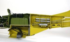 P-51Dマスタング4 ボンベのパイプやリンケージの追加