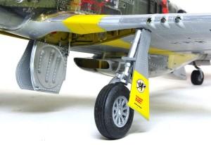 P-51Dマスタング4 主脚