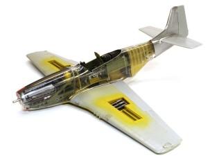 P-51Dマスタング4 機体の組立て