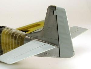 P-51Dマスタング4 布張りの部分にはテクスチャがある