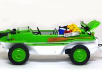 シュビムワーゲンは水陸両用車です。法律上そのような車輌は難しいかもしれませんが、あると楽しいでしょうね。