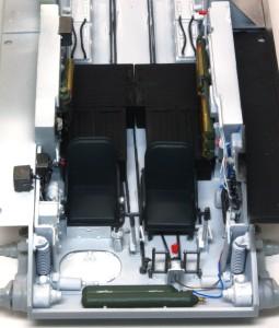 T-34/76 第112工場 運転席、無線手席