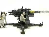 真横から見た88mm砲です。こうして人のサイズと比べてみるといかにこの砲身が長いかがわかりますね。カッコいいっす。