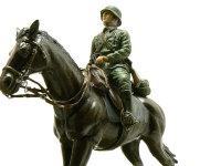 ドイツ・第1騎兵師団の2頭目です。こちらはブラウンに黒と隠し味にオリーブドラブを少々足してあります。鼻先は若干白っぽく、眉間に白い筋を入れてみました。