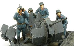 ドイツ・2cm対空機関砲Flak38砲兵 1/35 ドラゴン