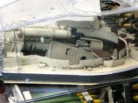 主砲のKwk43L3の砲尾です。キングタイガーの砲塔は大きいので、中のスペースにはずいぶんと余裕がありますね。