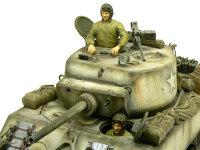 M4A3E2ジャンボに付属の戦車兵のフィギュアです。革ジャンを意識して塗ってみました。