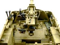自走砲ナスホルンの88mm砲です。大変精密にできているのですが、意外とさくさくと組み立てることができました。ドラゴンにしては説明書もわかりやすかったかな。