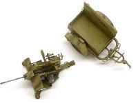 真上から見たFlak38後期型とトレーラーです。残念ながらキットにはトレーラーに積む砲弾までは含まれていません。