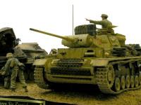 本来主役となるはずだった3号戦車です。毎度のことですが、歩兵たちに主役の座を奪われ、すっかり大道具状態です。