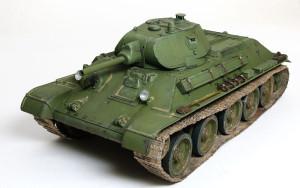 ソビエト戦車・T-34/76 1940年型 1/35 ドラゴン