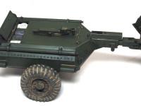 燃料と窒素ガス(噴射用)を積んだ装甲トレーラーです。装甲ジョイントから車体の下を通る燃料パイプもちゃんと再現されています。あんまり見えないのにね…