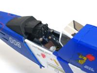 コクピットです。1/35と飛行機キットとしては大型のスケールなので、なかなかの再現度です。